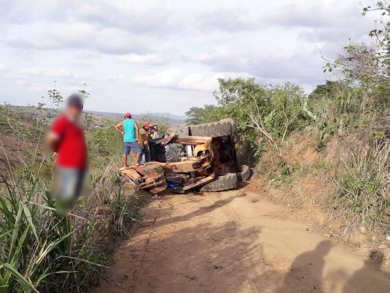Gravatá: homem morre em acidente com retroescavadeira na zona rural