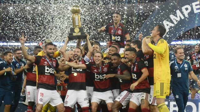 Flamengo vence o Independiente del Valle e conquista Recopa