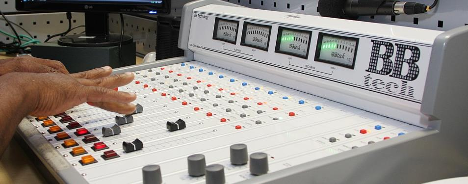 Audiência do rádio sobe 20% durante isolamento social; empresário buscam anunciar