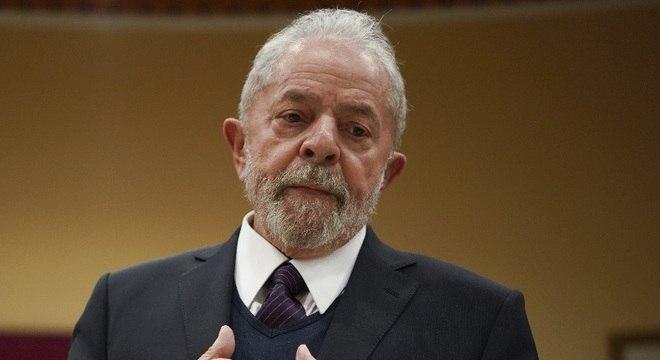 Em entrevista internacional, Lula diz que América Latina voltou a ter 'pesado da fome'