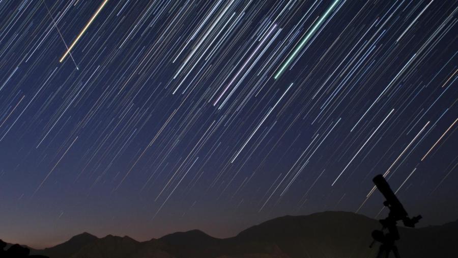 Hoje (21) a noite tem chuva de meteoros