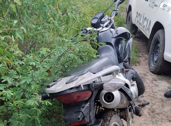 Gravatá: Polícia Militar recupera motocicleta roubada e devolve ao proprietário