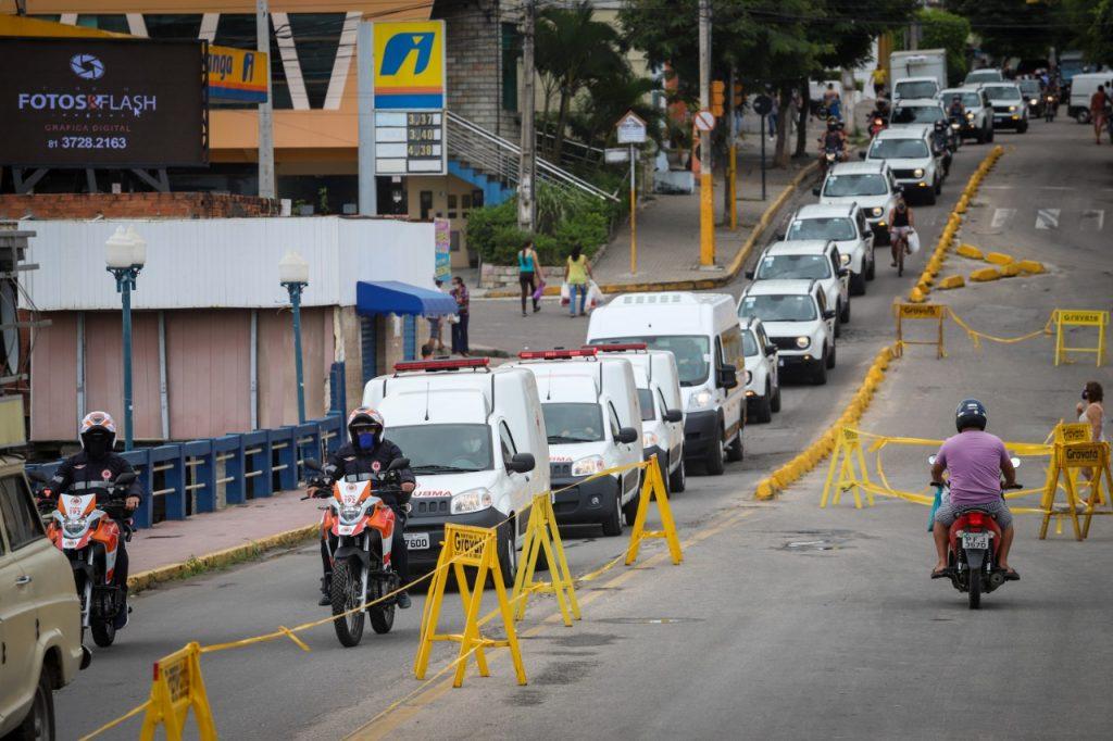 Gravatá recebe nova frota de veículos para a saúde e guarda municipal