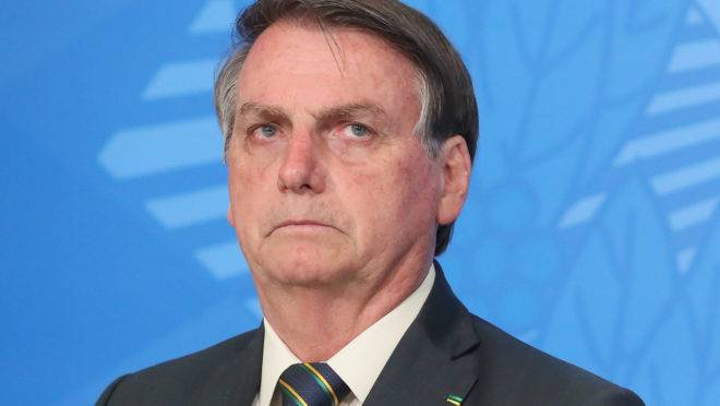 Bolsonaro admite possibilidade de ir para reeleição em 2022