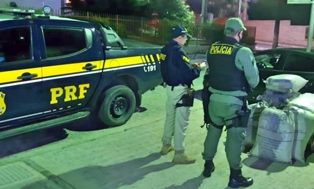 Gravatá: Motorista de aplicativo é detido pela PRF com 149 quilos de maconha