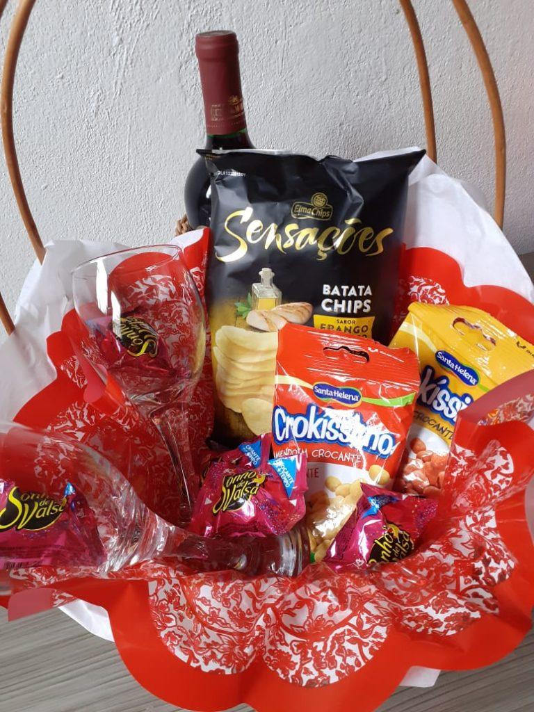 É grande a procura por cestas para o dia dos namorados; veja algumas opções