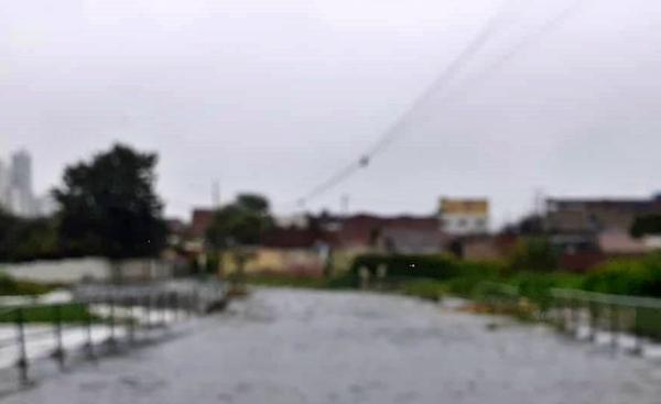 Prefeitura de Caruaru emite alerta de chuva para moradores de áreas próximas ao Rio Ipojuca