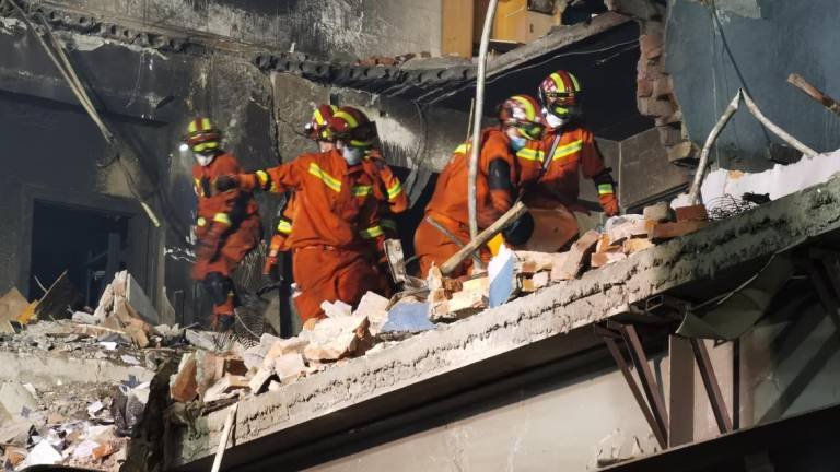 Explosão de caminhão da gás mata 18 e deixa 189 feridas na China