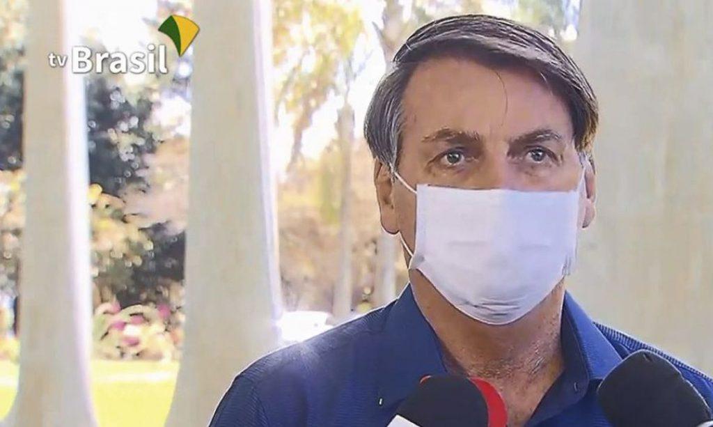 Presidente Bolsonaro está com coronavírus