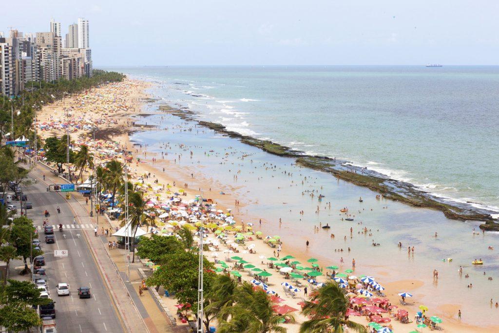 Recife autoriza banho de mar e abertura de quiosques ainda esta semana; veja