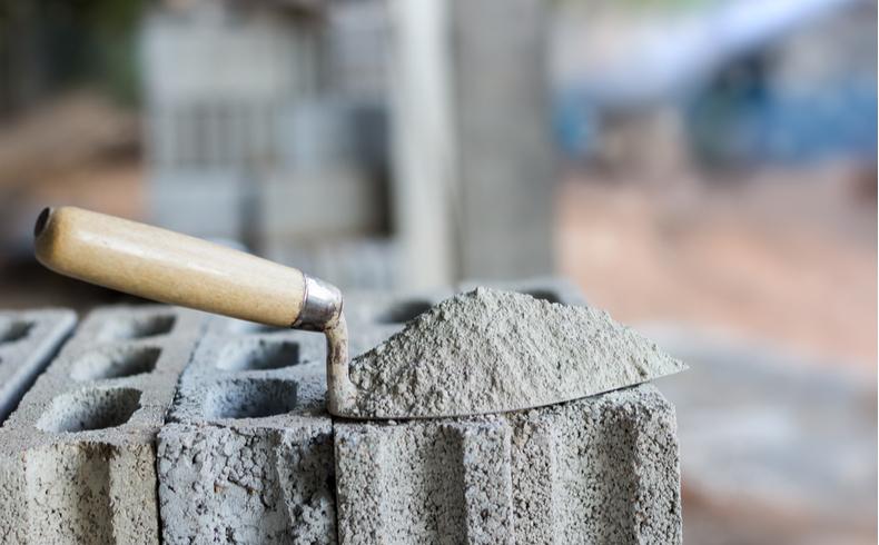 Venda de cimento cresce 24,2% em junho; construção civil volta a respirar