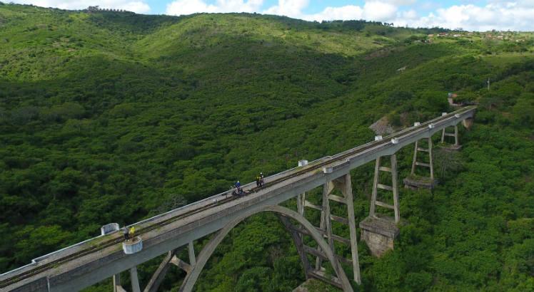 Revitalização de trecho ferroviário em Gravatá recebe apoio da prefeitura