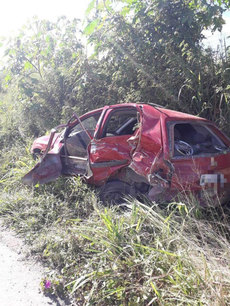 Caruaru: Criminosos provocam acidente grave na BR-232