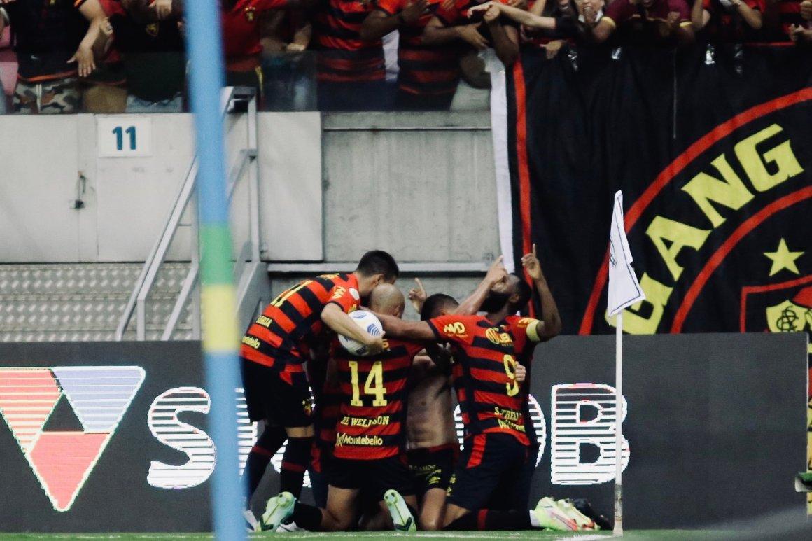 Com placar magro de 1x0, Sport vence o Corinthians